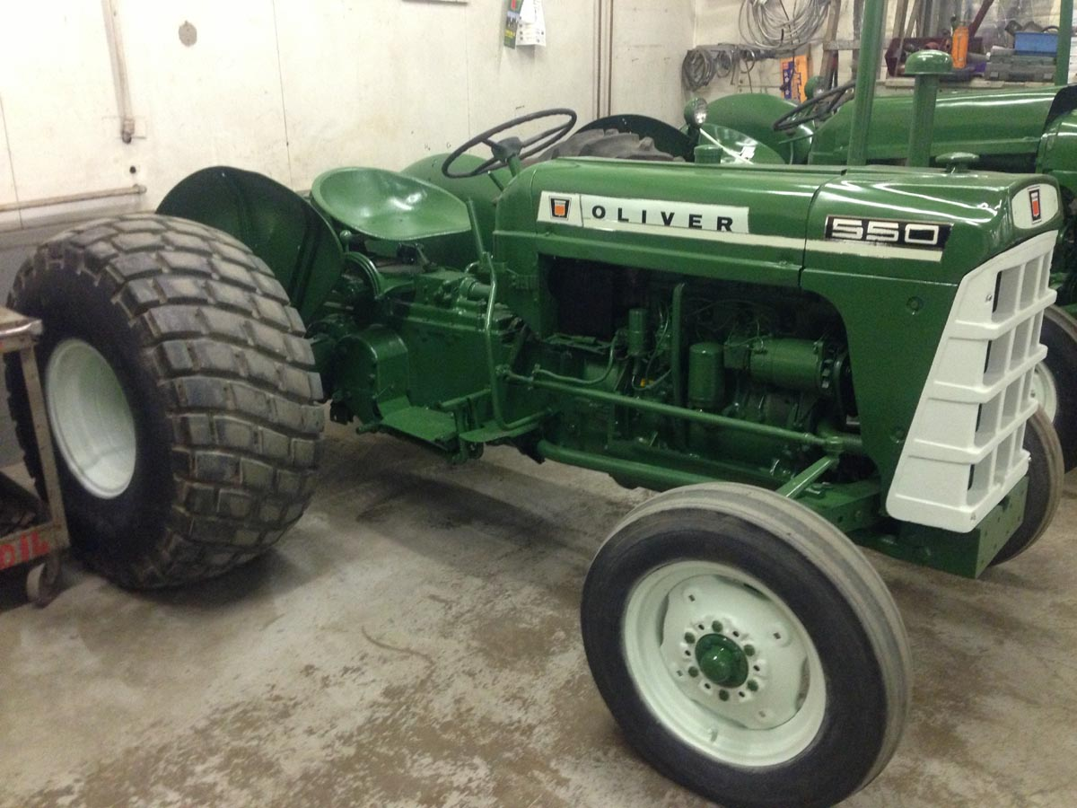 550 Oliver Tractor With Loader : Oliver tractors and parts